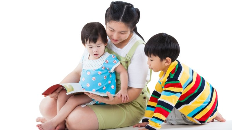 想提升孩子的智力,從小與孩子「說話」很重要