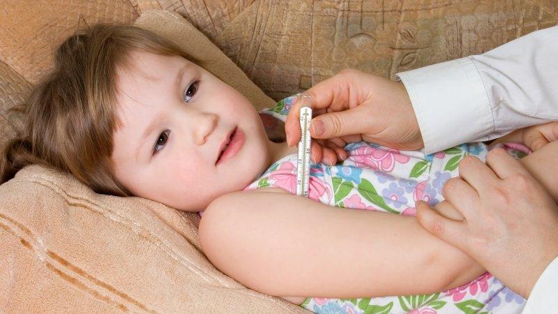 該怎麼幫孩子量體溫?體溫過高時如何處理?