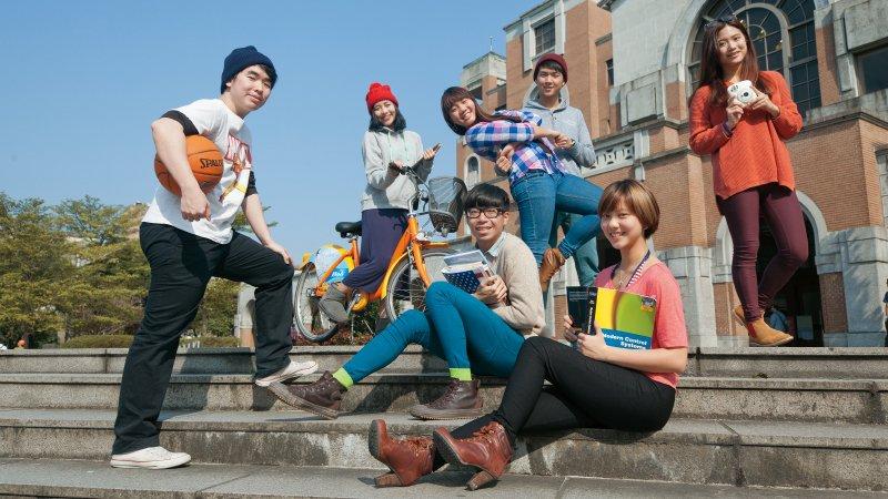 從美國到台灣,大學招生正在翻轉 多元選才時代從小探索自我比拚考試更重要