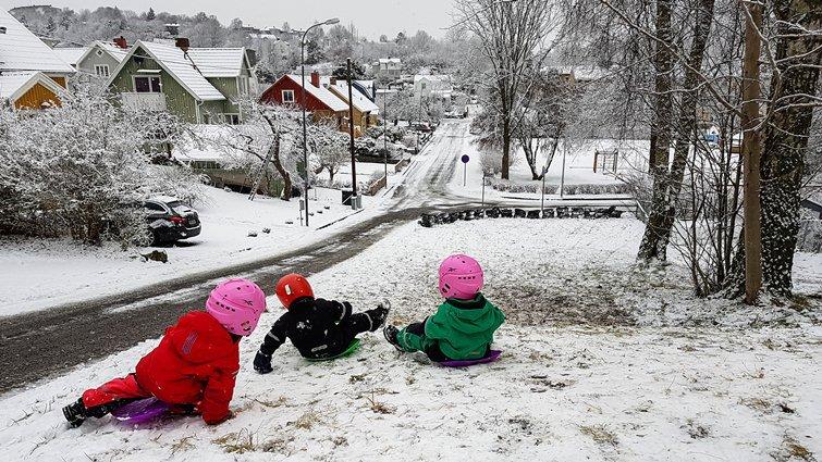 威廉王子都讚許的瑞典育兒法:不論晴雨,每天花6小時戶外玩耍