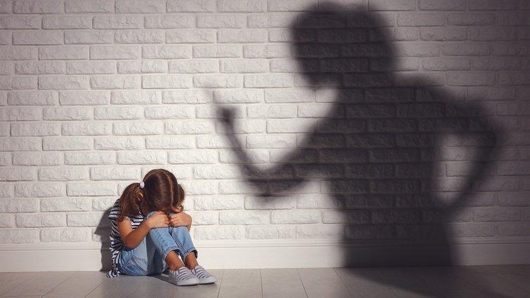 完美型父母特徵:失敗與瑕疵,成為不給孩子愛與關懷的藉口(下)