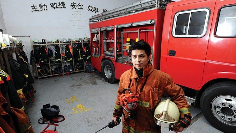 消防員 簡慈彥:民眾的逃生口就是我的入口