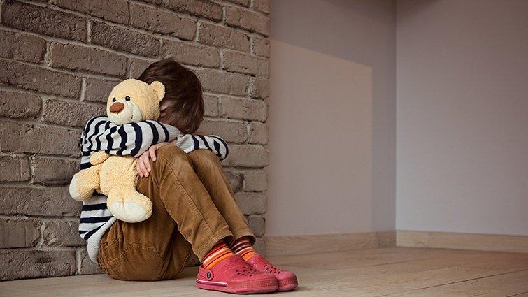 當孩子失去微笑...不容忽視的青春期憂鬱徵兆