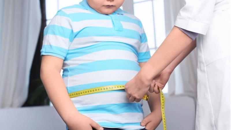 最新全球兒童福祉調查:肥胖兒童45年增11倍,過度行銷危害大
