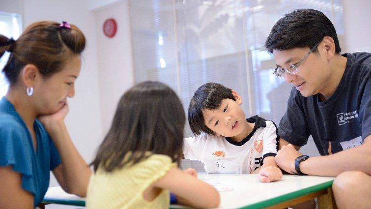許奶爸:親子玩桌遊,要讓小孩嗎?