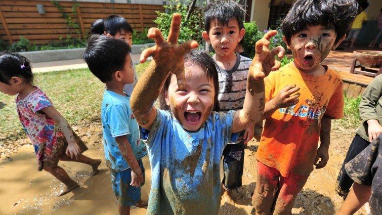 為孩子找自由  台灣父母「島內移民」