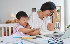 如何成為不抓狂、暴走的父母?兒科醫師:儘早開始親子共讀
