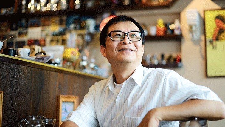 蘇文鈺:老師是遲來的父母親