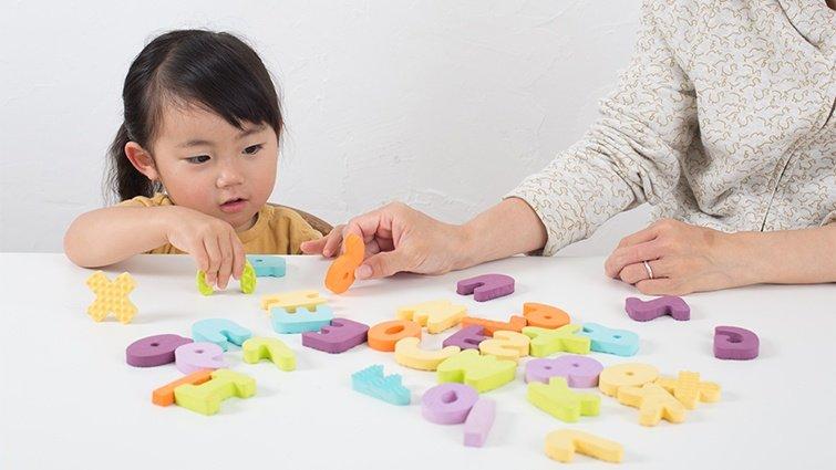 李坤珊:讀繪本學英文有用嗎?打破幼兒學英文的三大刻板印象