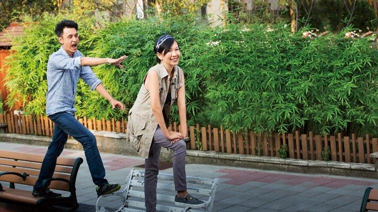 大AX藍白拖:文青媽碰上浪子爸的教養大作戰
