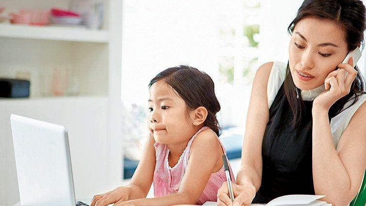藍佩嘉:現代父母兩難 讀愈多教養書愈不會教