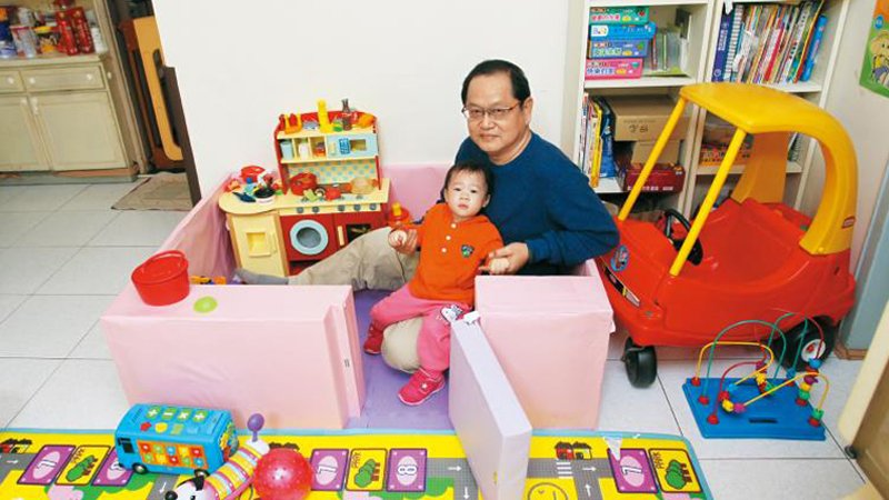 超級保爸 鄧驊瑋:作為孩子的最佳玩伴,不把托育當「工作」