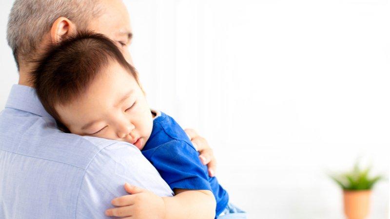 「直昇機爺奶」 週搭飛機只為照顧孫子女