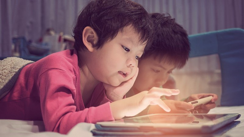 疫情時代下父母的數位教養問題!宏碁基金會調查:近八成家長感受孩子有3C成癮狀況