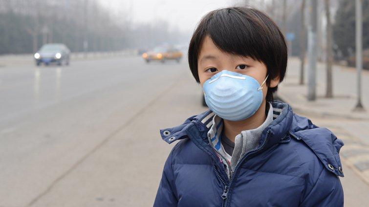 消基會調查:學生對PM2.5空汙防護不足,籲戴過濾粉塵口罩