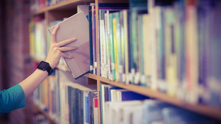 為什麼這3本小說被要求從圖書館下架?青少年小說真的有這麼可怕?