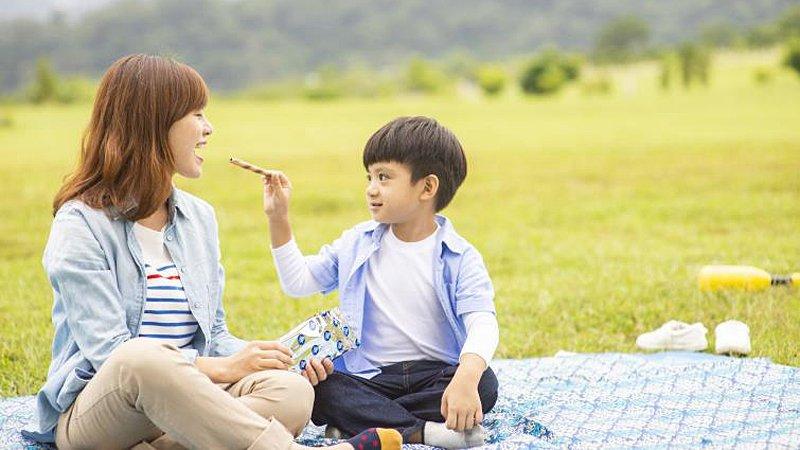 鄧惠文:今天起換個方式當媽媽,把自己當成孩子來愛