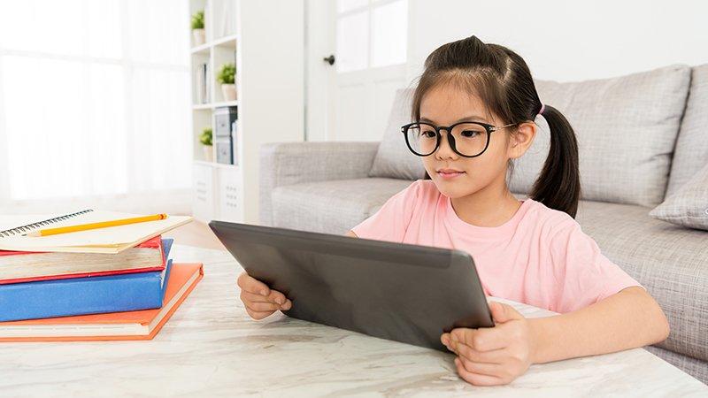 面對第四次產業革命,孩子必備的資訊素養《程式冒險王國》