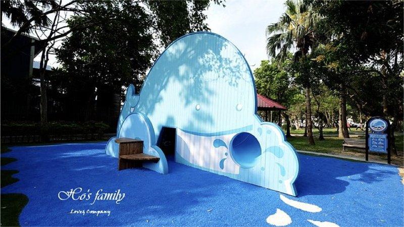 【台北景點】玉成公園:海洋主題遊戲場玩水超沁涼,首創水桌、滑軌、鯨魚特色溜滑梯
