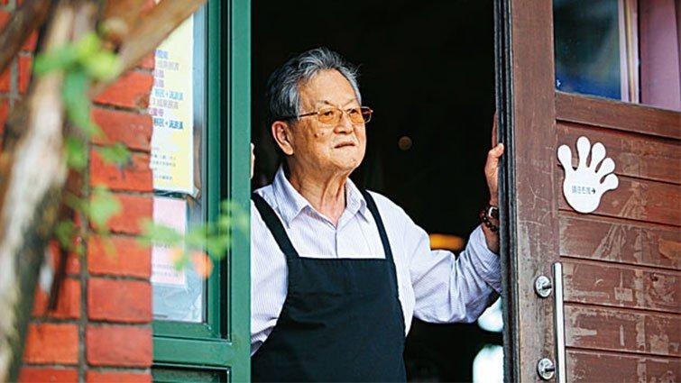 黃春明 從台灣頭讀到台灣尾