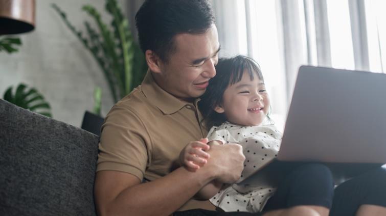爸媽經常出差,如何降低對家庭生活影響?