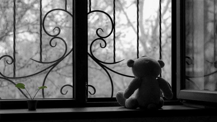 暗或明都是人生,不需對孩子隱藏真相