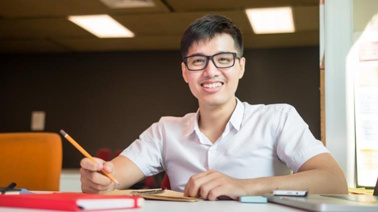 好的入學申請自傳怎麼寫?清大校長賀陳弘給考生的建議