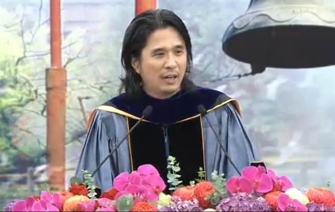 葉丙成:放下台大,才能超越台大-台大2016畢業典禮致詞全文