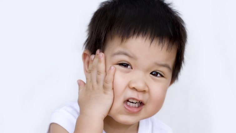 孩子說話「臭乳呆」,需要矯正嗎?