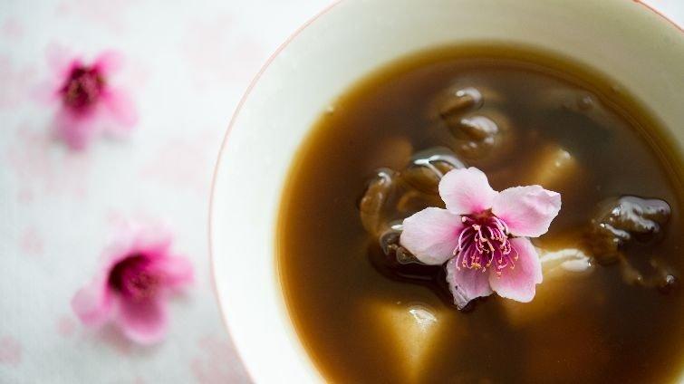 女生的補氣豐胸聖品──黑糖酒釀桂圓湯