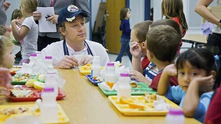 傑米.奧利佛 讓兒童吃垃圾食物的人是混蛋