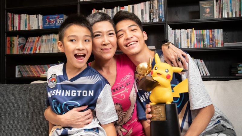 寶可夢世界冠軍媽媽:爸媽放手吧!每個孩子都能成為世界冠軍