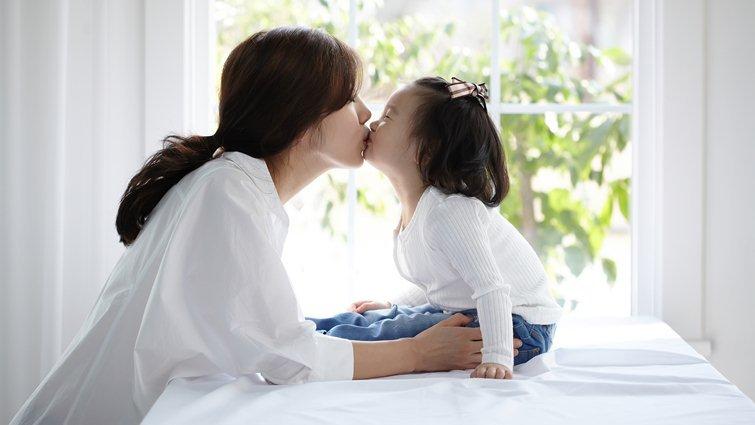 家人關係並非理所當然,別複製父母留下的傷痕給下一代