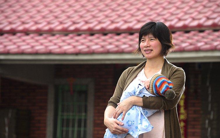 新任台中市副市長林依瑩:做一個厚臉皮的媽媽