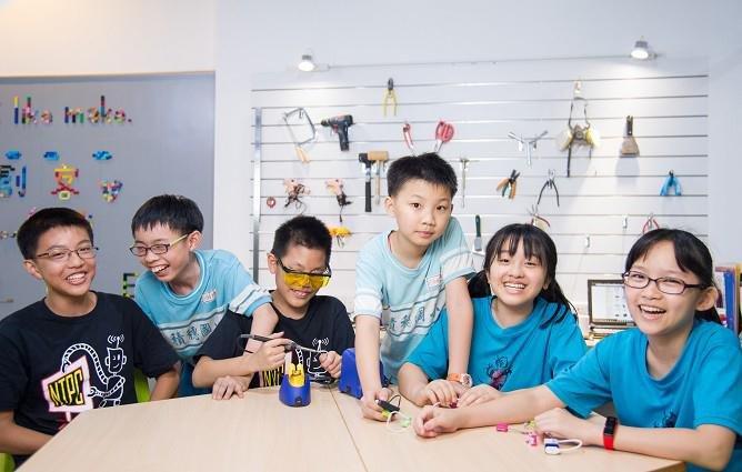 曾俊夫:玩創客,小學生自製「打怪健身房」