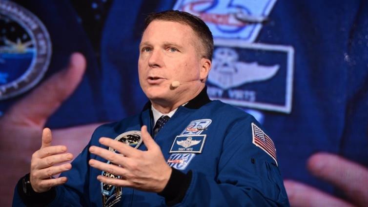 5歲開始,我的夢想就是成為太空人,圓夢的祕密武器就是不斷學習