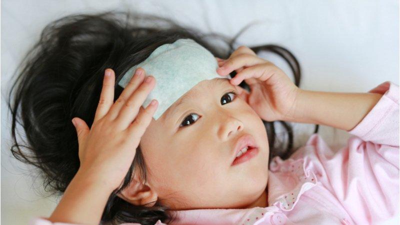 小孩發燒40度非流感!疾管署:腺病毒正流行 患者增加1倍