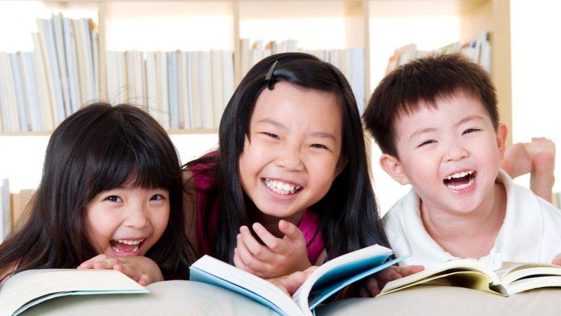暑假瘋小說,搶先體驗語文素養課