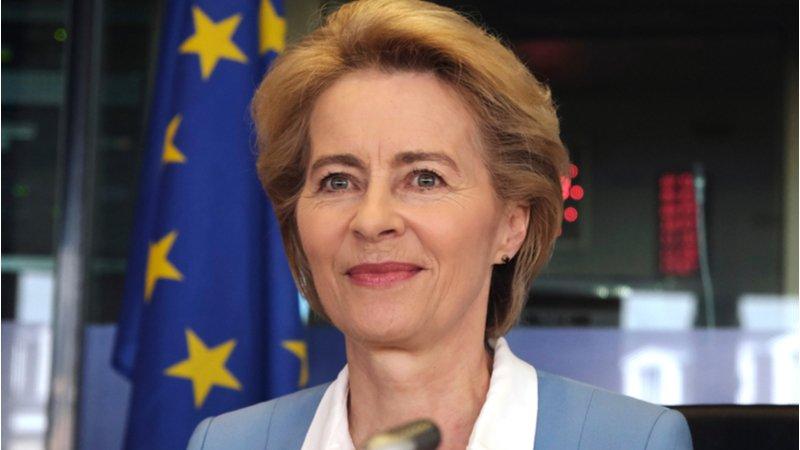 從7個孩子的家庭主婦變成歐盟執委會主席,她是怎麼做到的?關鍵在孩子的爸!