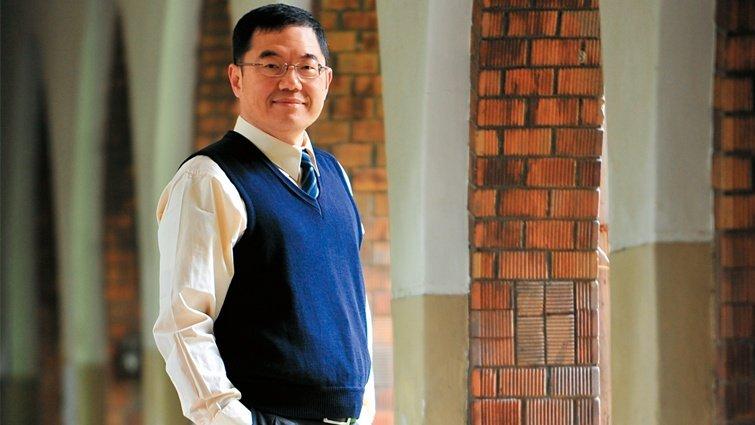 台大教授張文亮:從教室逃走的天才