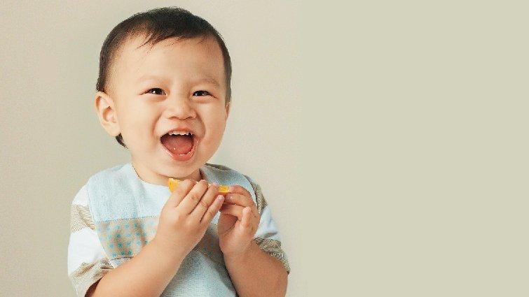 一歲前的寶寶該不該喝白開水?