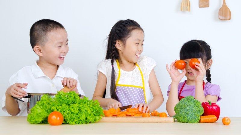 鼓勵孩子多吃食物,而不是「食品」!