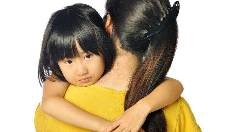 2、3歲孩子從小天使變小惡魔!父母該怎麼做?