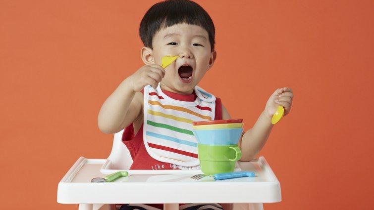 《跟著王宏哲,早期教育so easy》:讓孩子長時間在餐椅上吃飯,為什麼不好?
