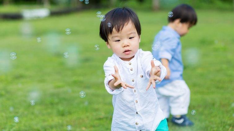 3歲開始戶外玩耍育兒法 一次解決多項教養難題
