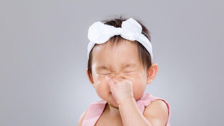 吸鼻器該怎麼用?小孩感冒鼻塞救星,別再用嘴巴幫小孩吸鼻涕了!