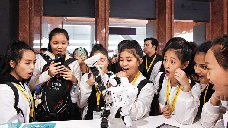 科技翻轉香港教育:應用知識 比具備知識更重要