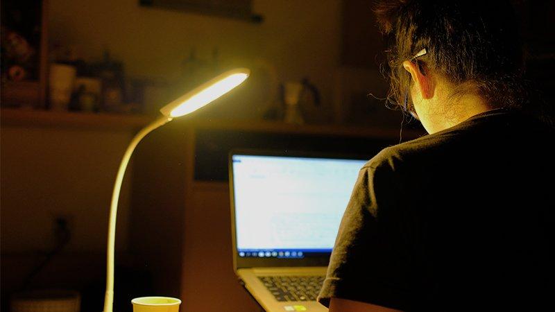 葉丙成:孩子熬夜時,我真正看到的是……
