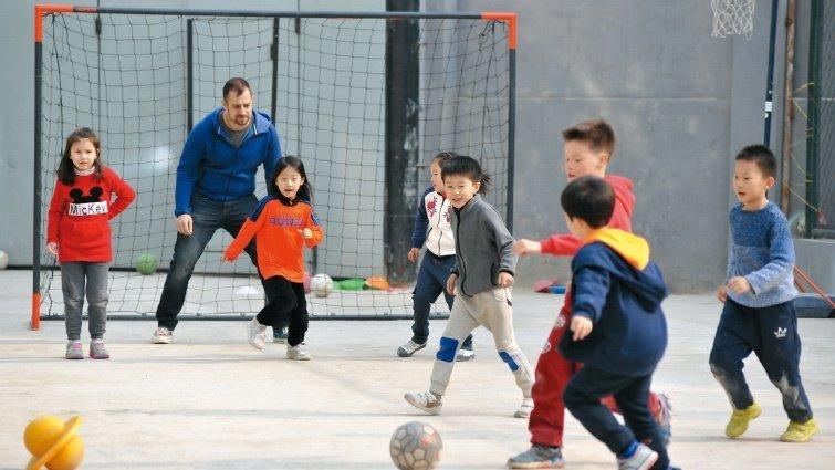 北京實驗教育 一土學校 辦一間學校對教育提出其他解答