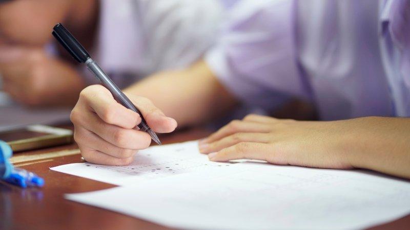 考試當下太緊張要怎麼辦?專業心理諮商師教你5個小技巧穩定身心
